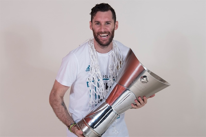 rudy-fernandez-real-madrid-trophy-photo-shoot-belgrade-2018-eb17.jpg